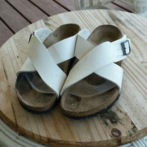 White birkenstock sandal 39 L8 M6